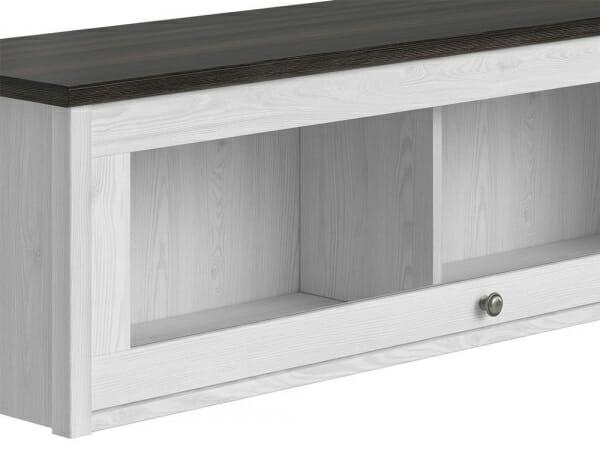 Стенен шкаф витрина в дървесни тонове Порто - детайл